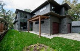 5403 Lakeshore Drive · Residence
